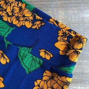 LuLaRoe Cassie Hydrangea Floral Pencil Skirt